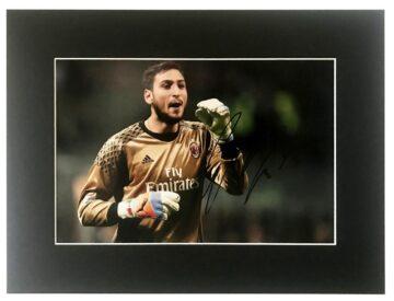 Signed Gianluigi Donnarumma Photo, AC Milan Display - Firma Stella